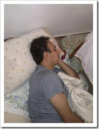 Dj Mib dormindo...